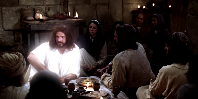 Luke 24:36–41, 44–49; John 20:21, Jesus sits and speaks with His disciples