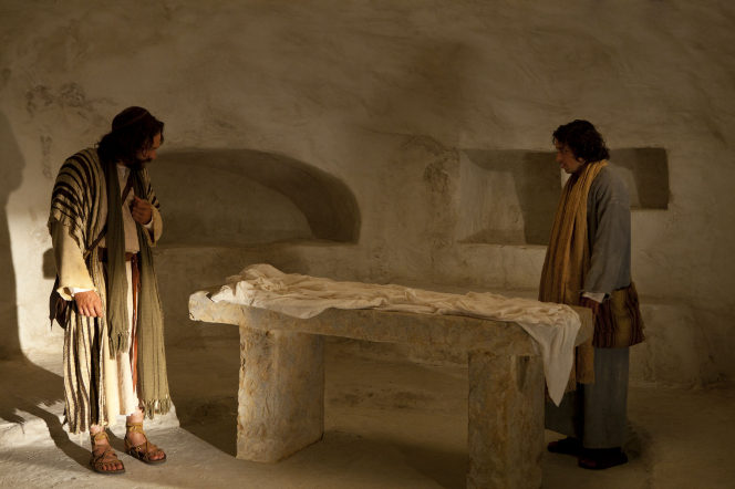 John 20:3–18, Peter and John search for Christ's body in the tomb