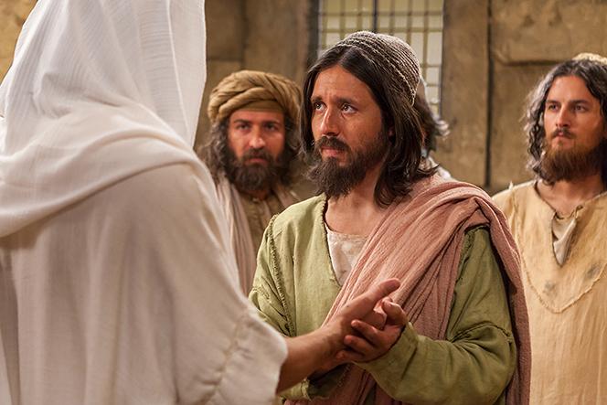 John 20:24–29, Thomas sees the resurrected Christ
