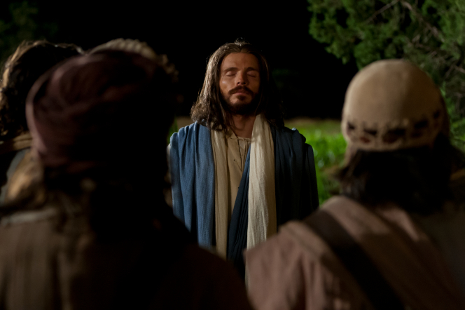 Luke 22:31–34, Jesus offers the Intercessory Prayer in front of the Apostles