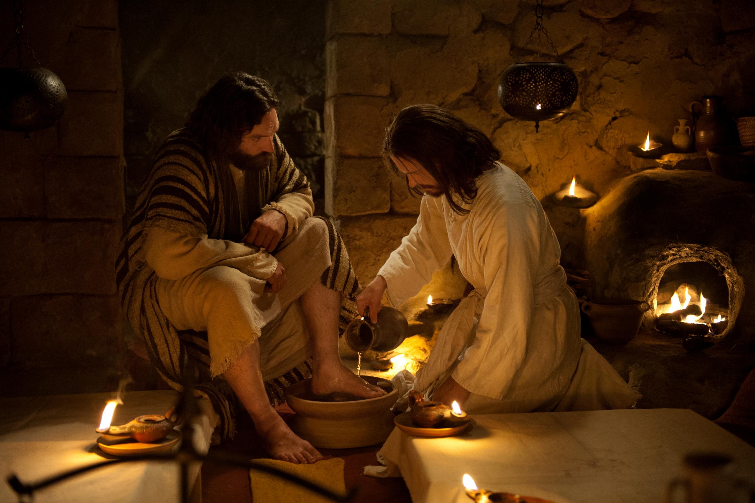 Jesús lava los pies de Pedro