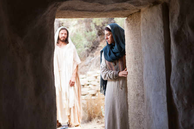 John 20:3–18, Mary weeps outside the tomb while Christ approaches