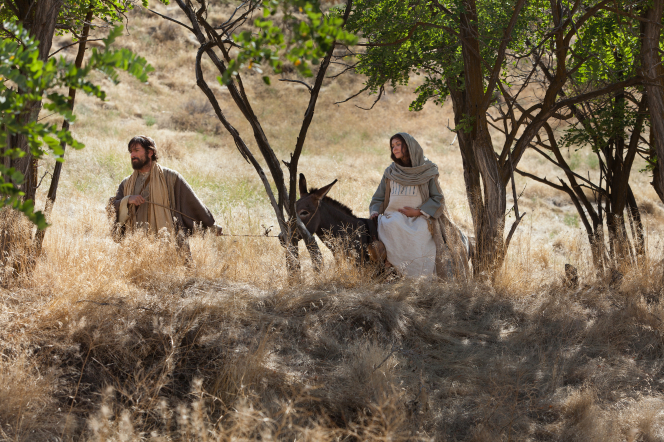 Luke 2:4–7, Mary and Joseph travel to Bethlehem
