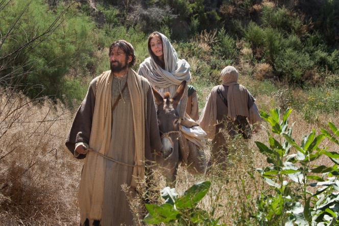 Luke 2:4–6, Mary and Joseph on their way to Bethlehem
