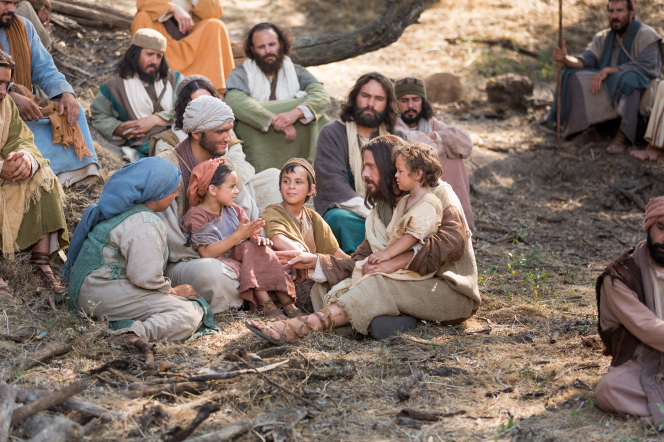 Luke 18:15–17, Jesus sits with little children
