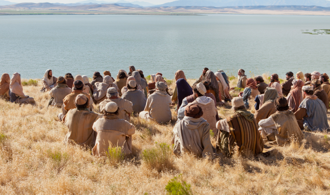 Matthew 6:1–13, People gather to sit and listen to the Sermon on the Mount