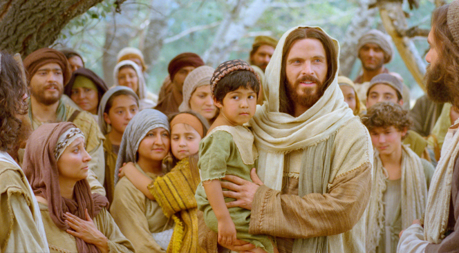 Luke 18:15–17, Jesus talks and walks with little children
