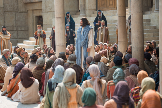 Mark 12:28–34, Jesus stands and teaches