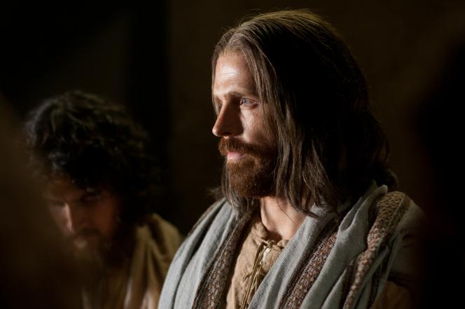 Matthew 10:1–5, Jesus speaks to His Apostles