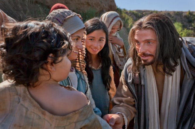 Luke 18:15–17, Jesus talks with a child