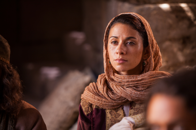 Matthew 18:1–11, Mary Magdalene listens to Christ
