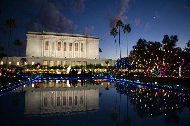 Mesa arizona temple at christmas for Pool fill in mesa az