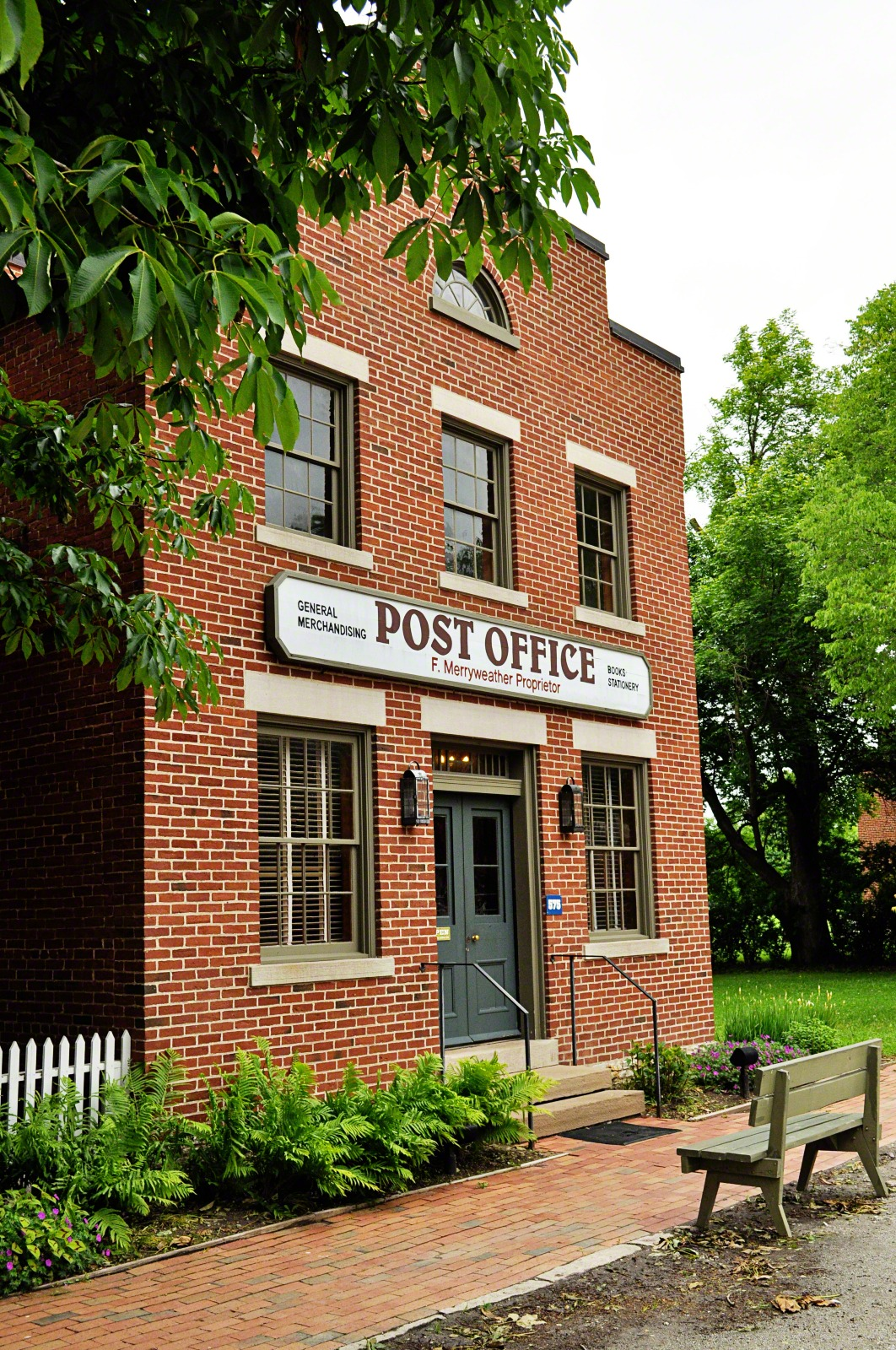 Nauvoo post office for Brick wallpaper office