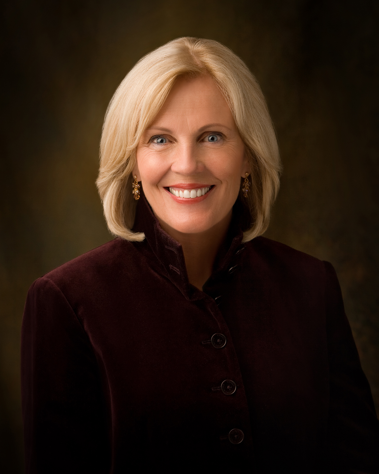 dalton women A return to virtue - elaine s dalton  i was called by president monson to be the new young women general  a return to virtue must begin individually in our.