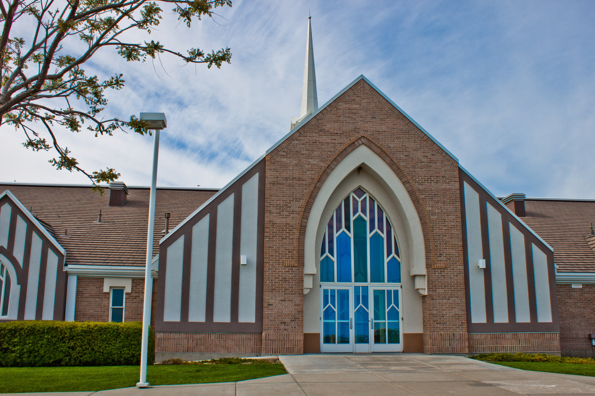 The Church of Jesus Christ of Latter-day Saints - Newberg OR | 1212 Deborah Rd, Newberg, OR, 97132 | +1 (503) 538-5008