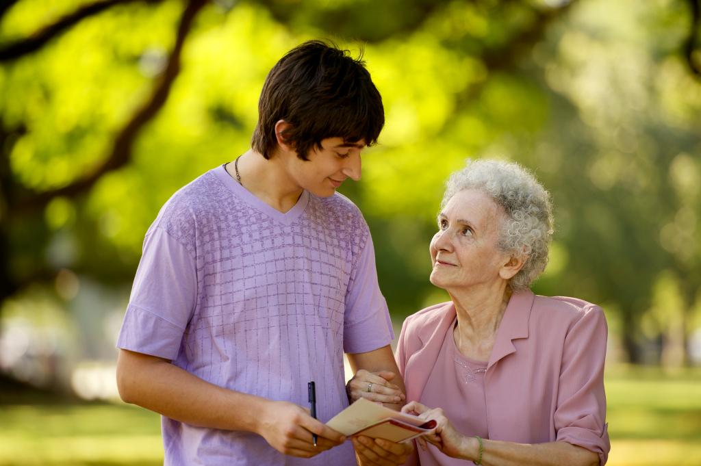 dating an elderly woman
