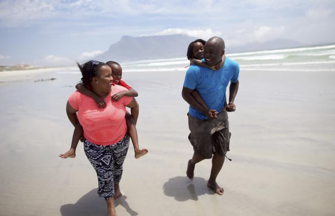 Jiri family at the beach