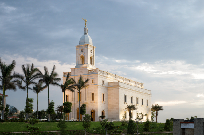 A side view of the Barranquilla Colombia Temple in the evening.