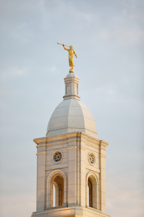 The angel Moroni and spire of the Barranquilla Colombia Temple.