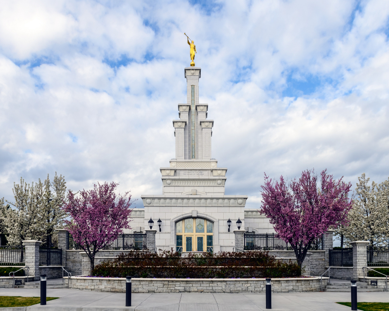 Columbia River Temple. Courtesy LDS Media Library.