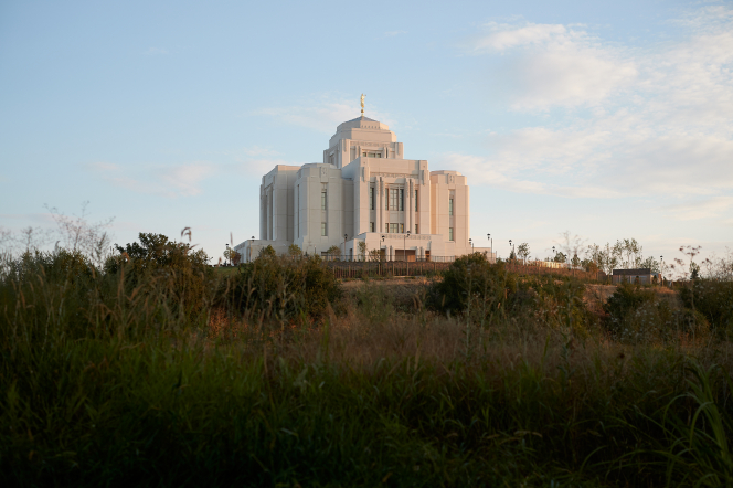 The exterior of the Meridian Idaho Temple at sunset.