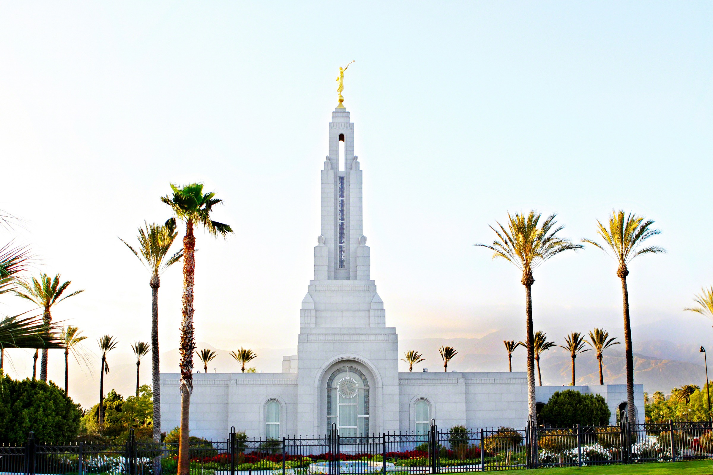 Redlands california temple - Lds temple wallpaper ...