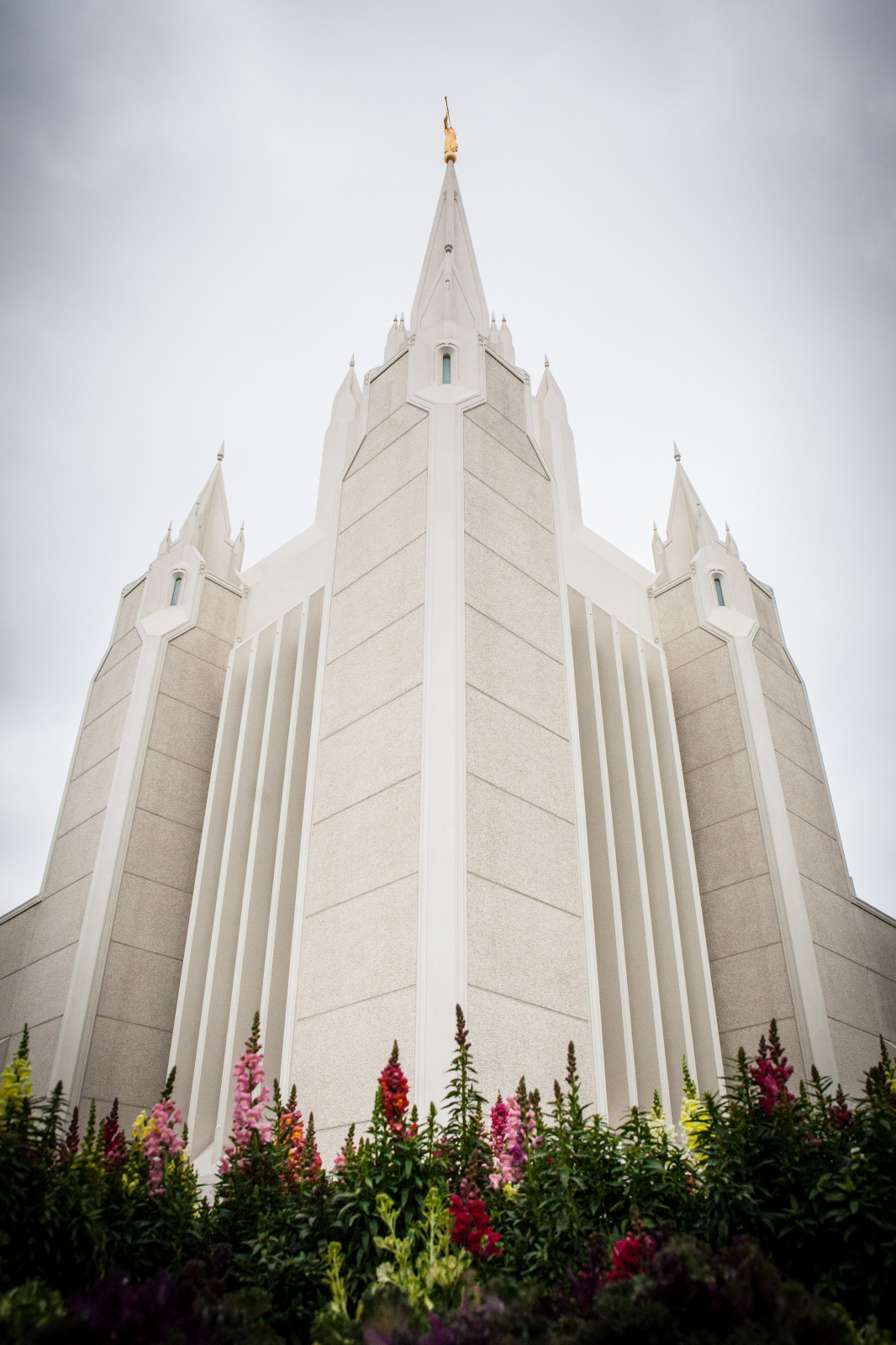 San diego california temple spires - Lds temple wallpaper ...